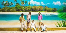 Live - Two Year Vacation - tropical disco kraut pop