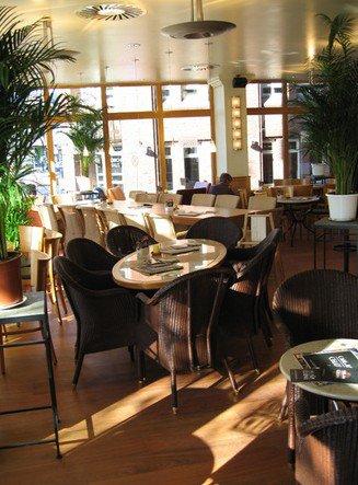 cafe bar celona bremen cafes und bars. Black Bedroom Furniture Sets. Home Design Ideas